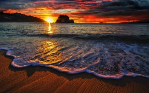beach-waves-sunset-wide-high-definition-wallpaper
